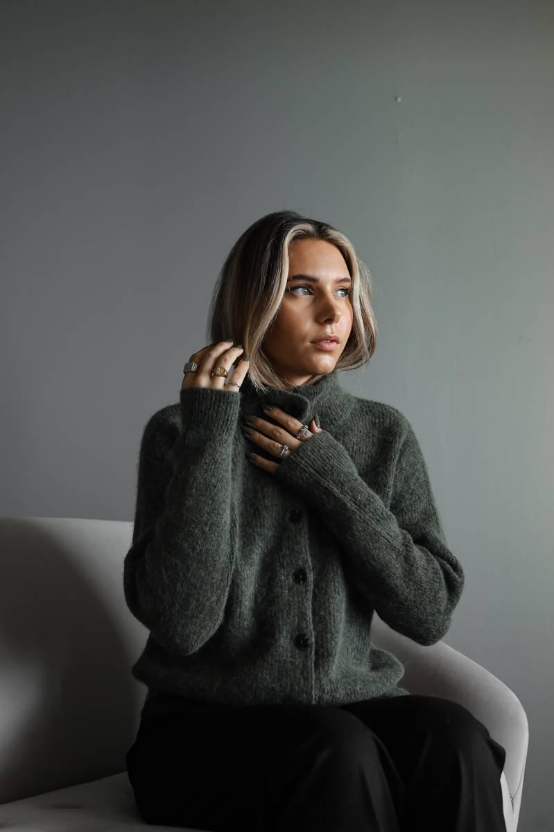 SELECTED FEMME - GRØNN SIF KHLOE STRIKKET KORT CARDIGAN